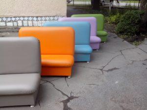 Яркие диванчики для детей
